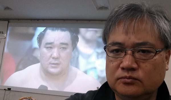 マグロちゃんの相撲観戦