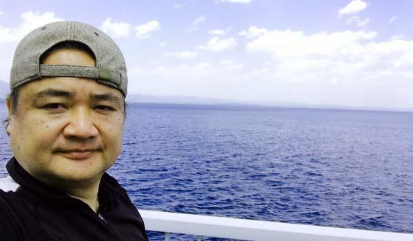 マグロちゃん with 青い海