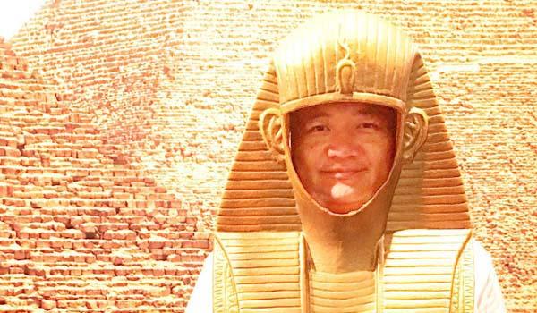 マグロちゃん in ピラミッド