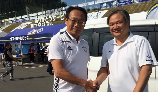 FC今治の新しいスタジアム「ありがとうサービス.夢スタジアム」誕生!