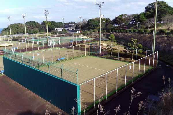日向市サンパーク体育施設テニスコート