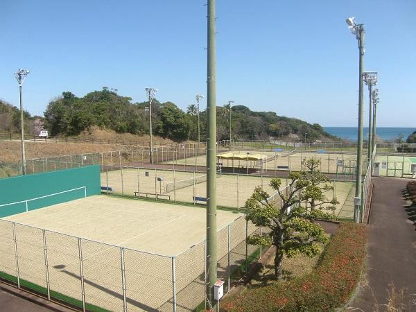 日向市サンパーク体育施設テニスコート02