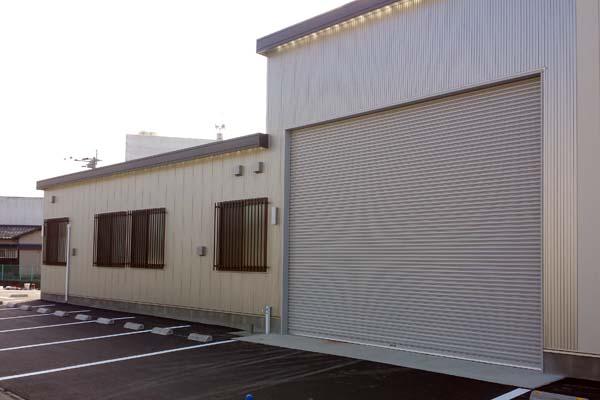 コウフ・フィールド倉庫
