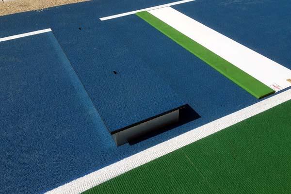 鹿児島女子高校多目的グラウンド敷地 踏切板