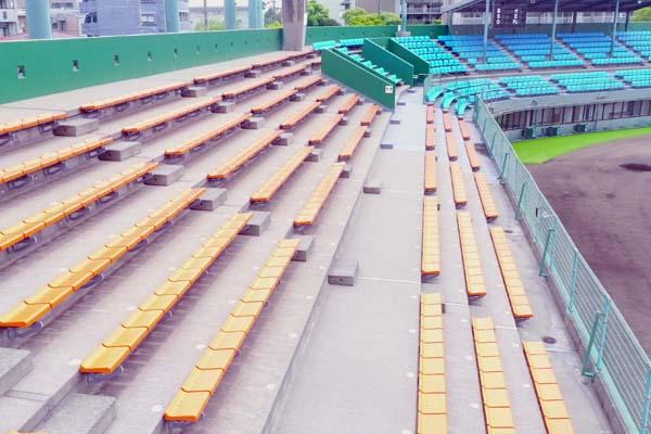 鴨池公園野球場