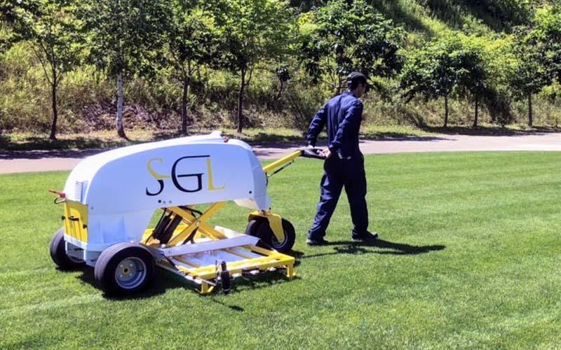 北の大地・北海道でのコウフ・フィールド流芝生管理。「UVC180」が活躍しています!
